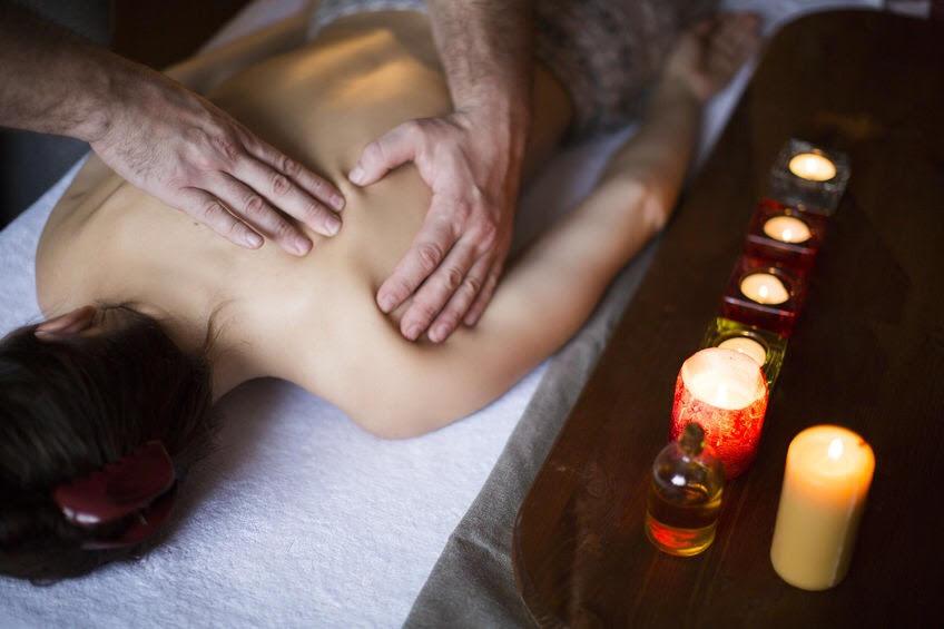 Apprendre à masser son (sa) partenaire